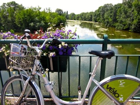 orleans_france_bike_velo.jpg