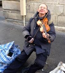 paris-street-musician2.jpg