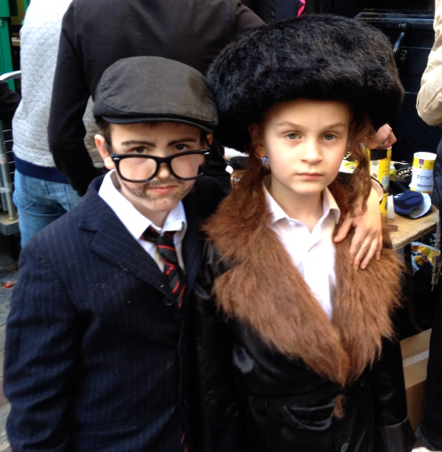 purim-marais-costumes-paris.jpg