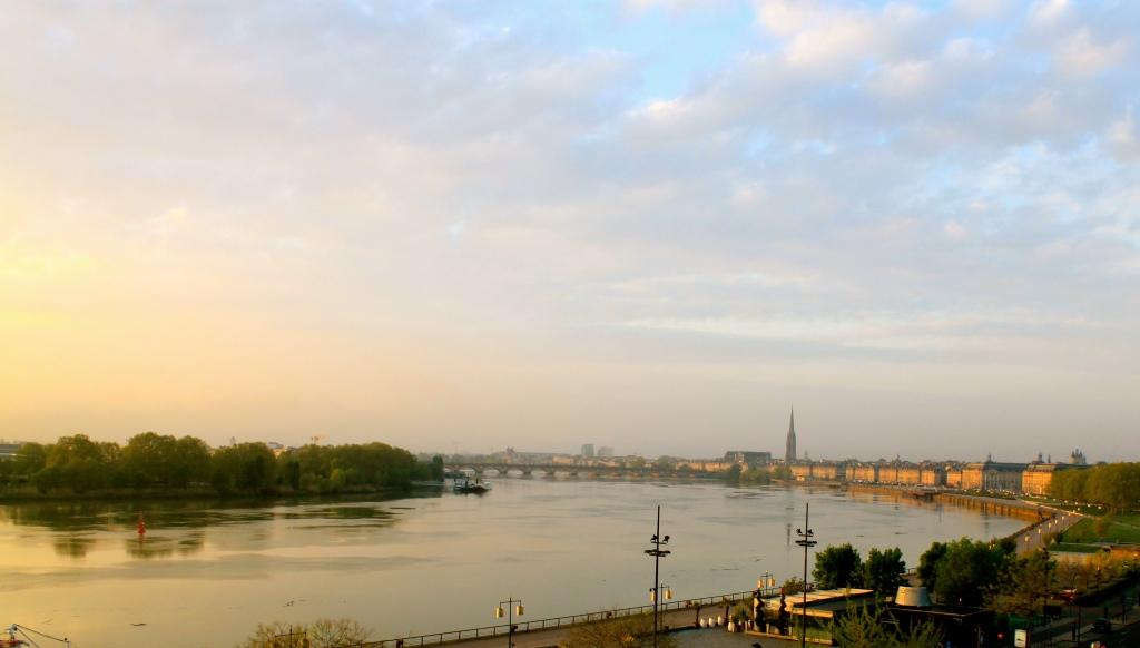 Bordeaux_river.jpg
