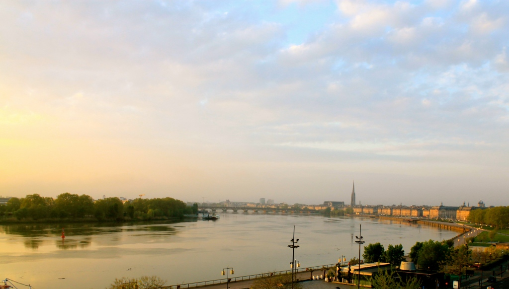 Bordeaux_river.jpg