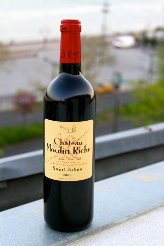 bordeaux_saint_julien_wine.jpg