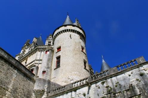 château_rochefouclauld_benioff2.jpg