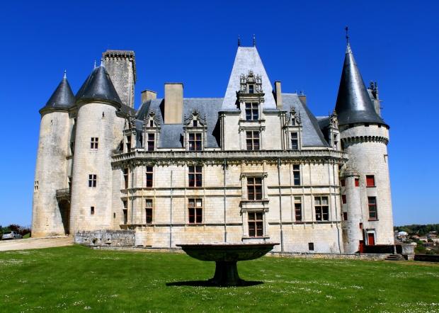 château_rochefouclauld_benioff.jpg