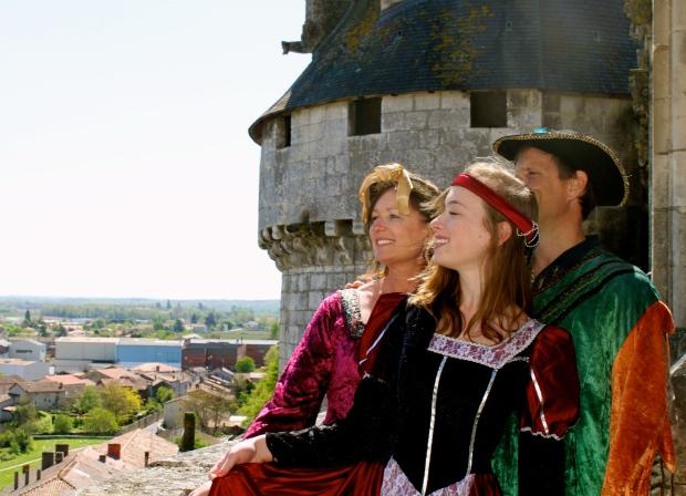 château_rochefouclauld_benioff13.jpg