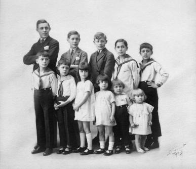 1926_Fr_res_et_soeurs_Joly_121