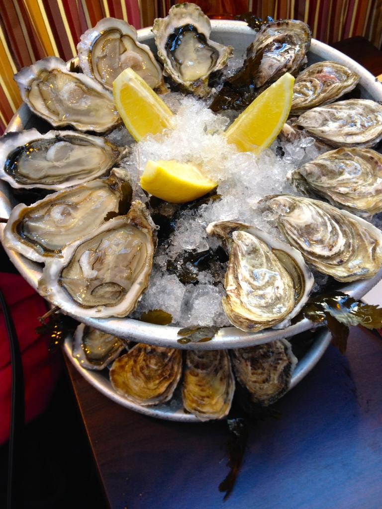 oysters_paris_france.jpg