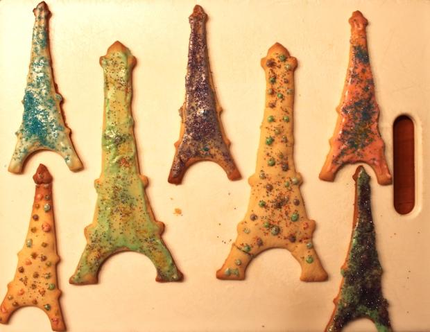 eiffel-tower-cookies.jpg