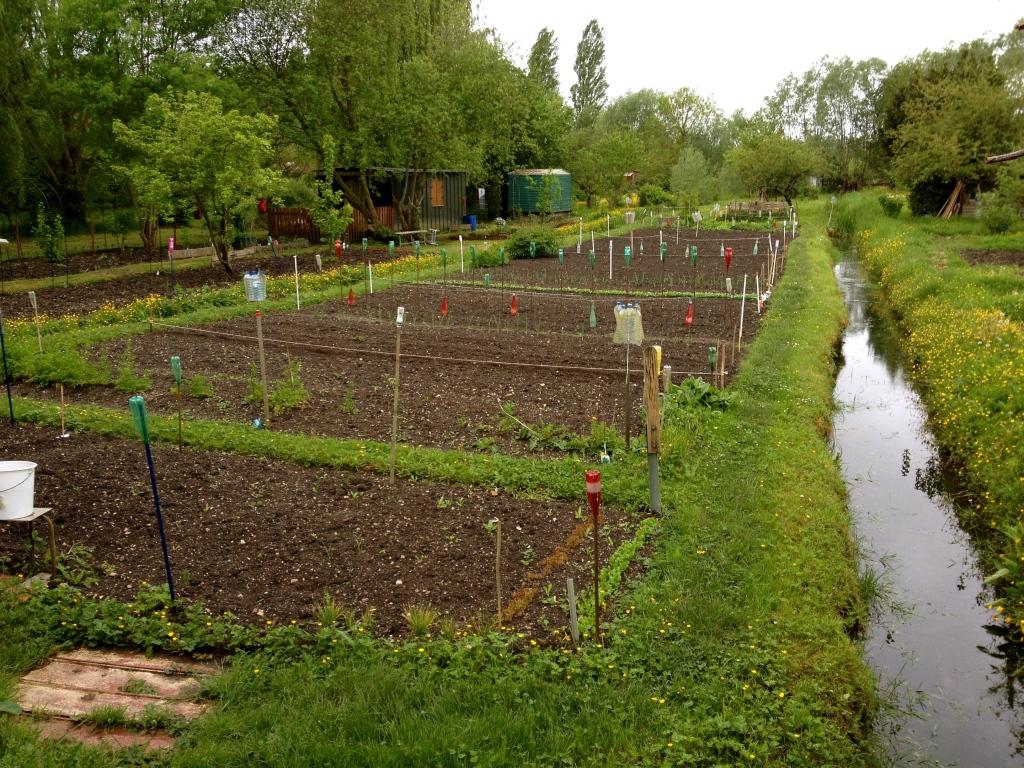 bourges_marais_gardens2.jpg