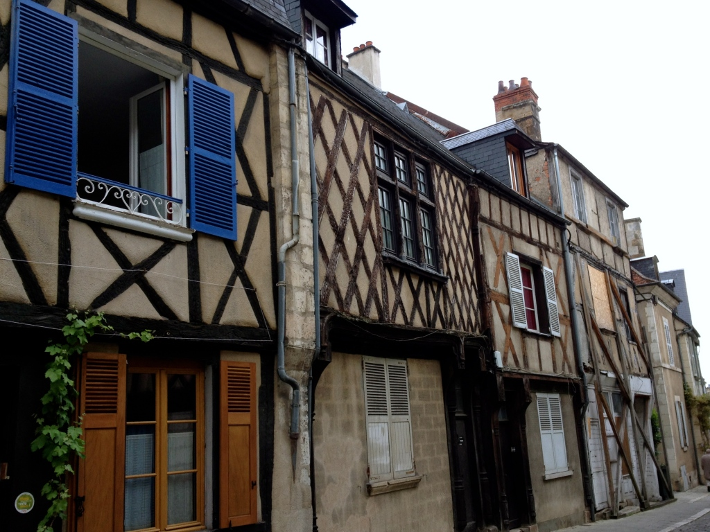 bourges_france_medieval_houses.jpg