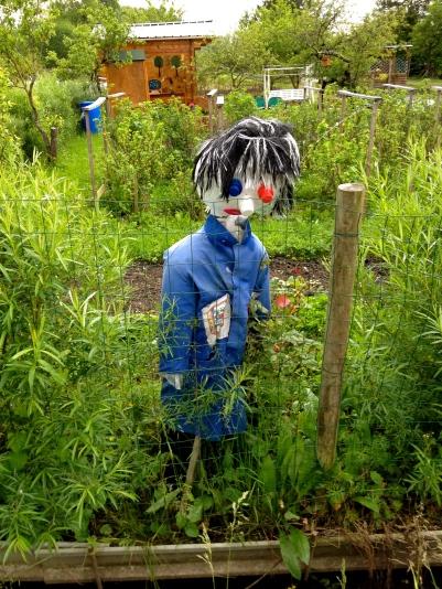 bourges_marais_scarecrow2.jpg