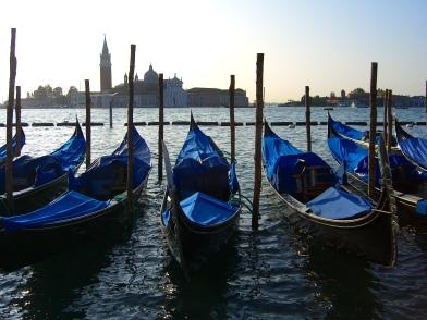gondola-venice5.jpg