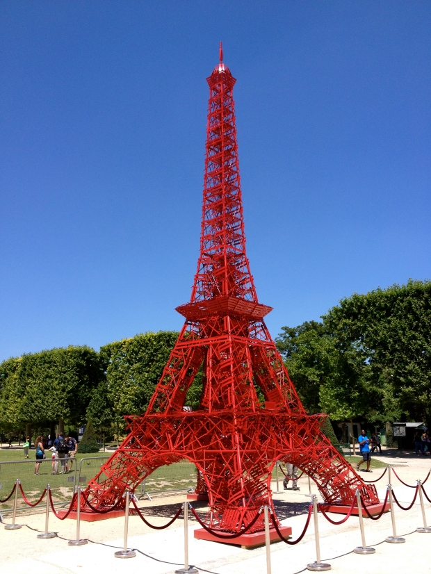 eiffel=tower-red-chairs.jpg