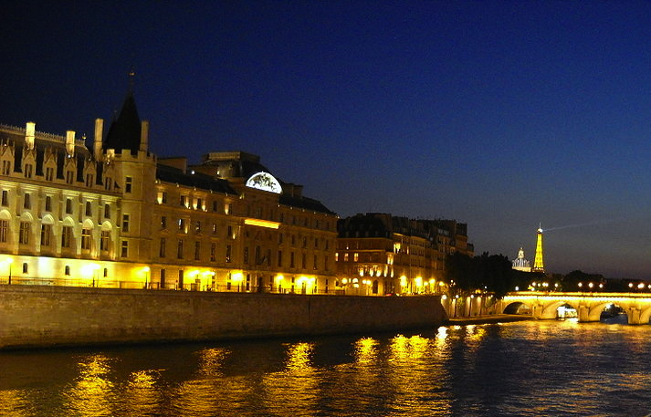 night_Paris_3.jpg
