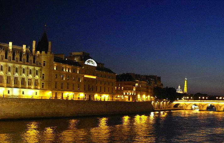 night_Paris_3.jpg