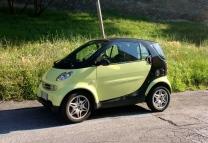 small_cars_italy_roma.jpg