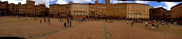 siena_piazza_il-campo4.jpg