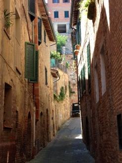 Tuscany_street.jpg