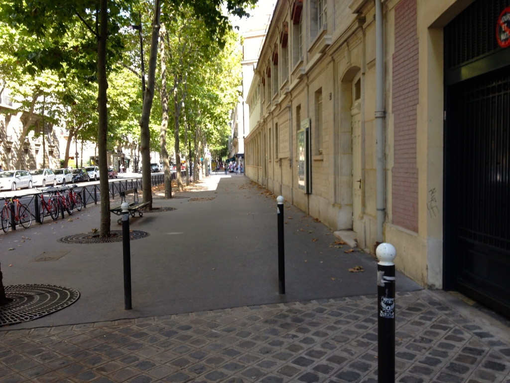 IMG_8585empty_paris_august2.jpg