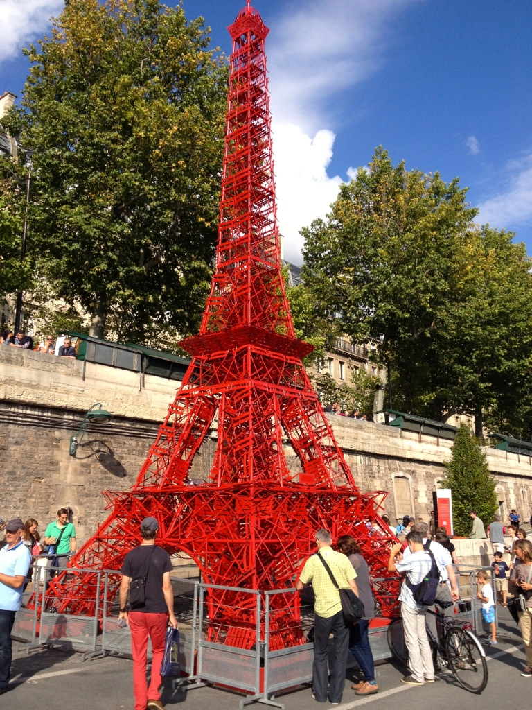 paris_plage_beach_red_eiffel_tower.jpg