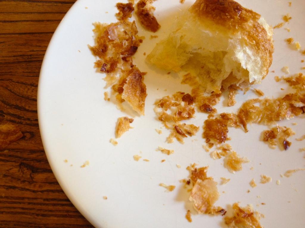 Croissant_crumbs_paris.jpg
