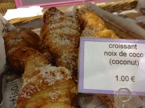 croissant_paris_1.jpg