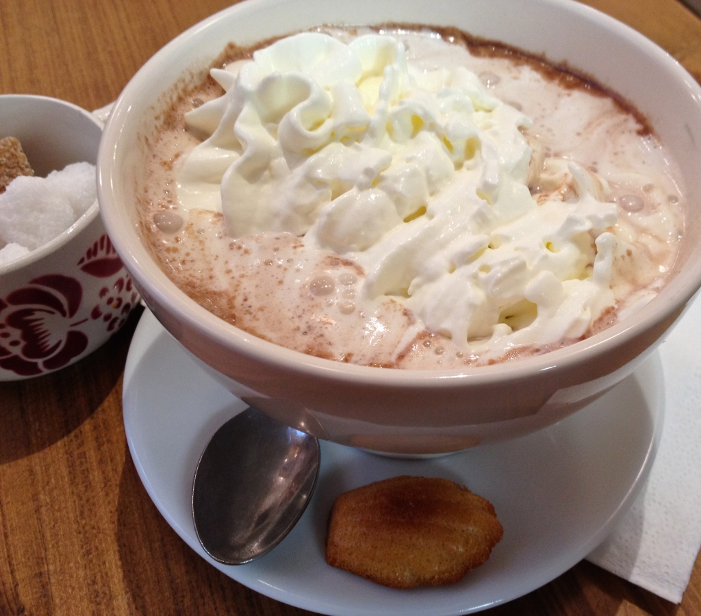 mamie_gateaux_hot_chocolate_paris.jpg
