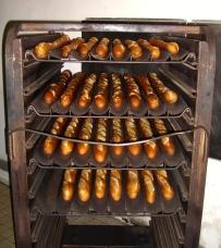 Freshly_baked_baguettes.jpg