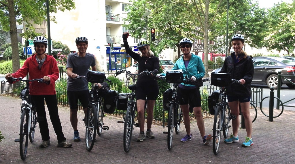 loire_a_velo_biking_france.jpg