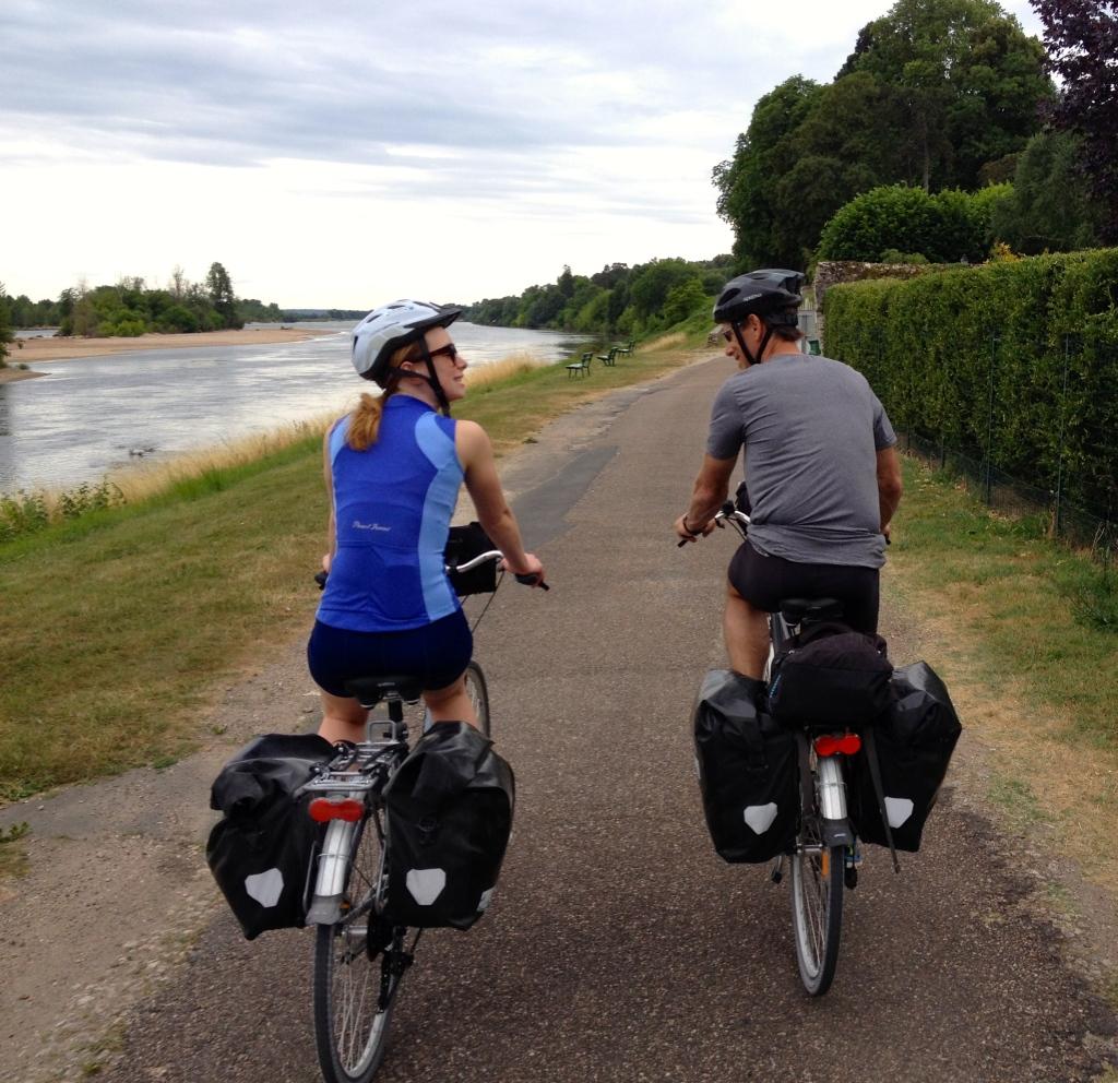 loire_a_velo_biking_france2.jpg