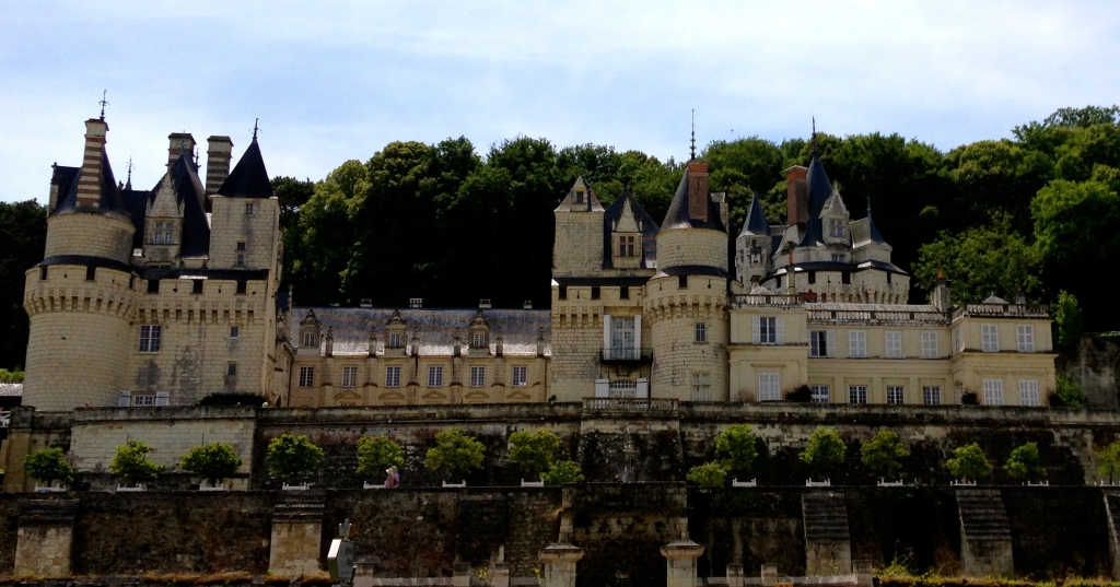 château_d'ussé_loire_valley-biking_France.jpg